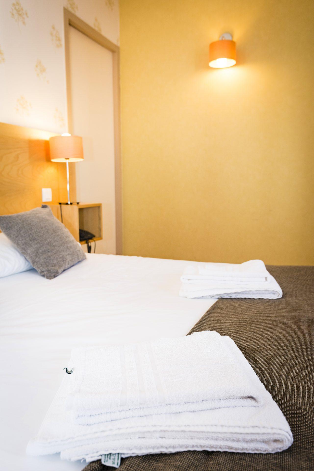 Lit Chambre Prestige - Hôtel *** Le Chalet